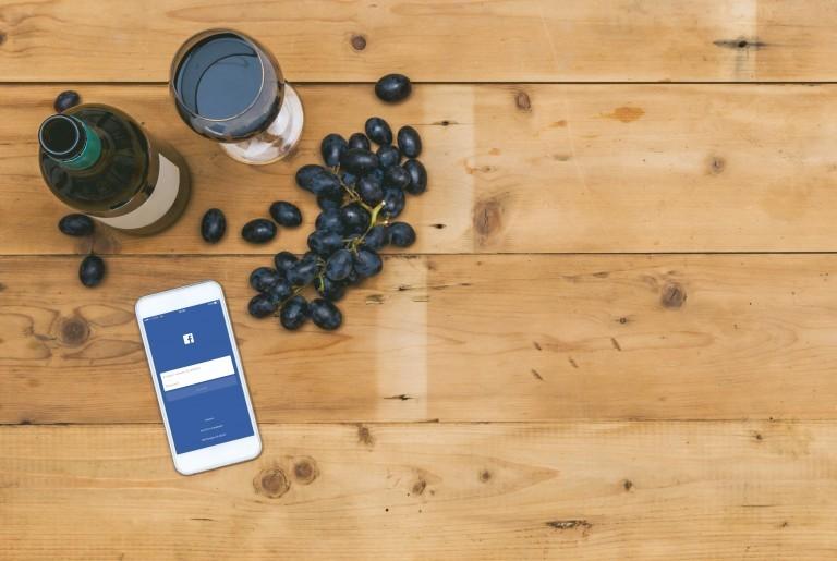 vino-facebook
